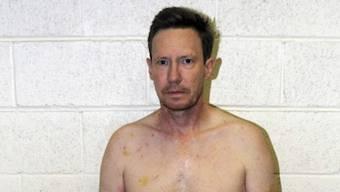 Ihm wird vorgeworfen, seine Frau getötet zu haben. Nach vier Jahren auf der Flucht konnte Peter Chadwick jetzt in Mexiko festgenommen werden. Er wurde bereits an die USA ausgeliefert.