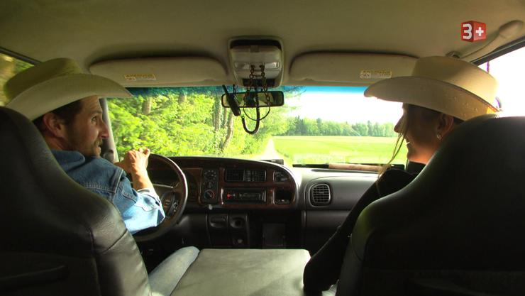 Tom unternahm mit Isabel eine Spritztour in seinem Dodge. (Archiv)