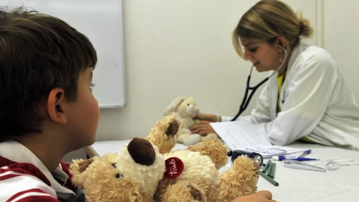 Für Familien mit Kindern ist die Belastung besonders gross. (Symbolbild)
