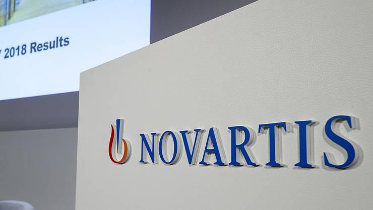 Der Basler Pharmakonzern Novartis wird sich vorläufig nicht von Teilen seines Generika-Portfolios in den USA trennen. Ein Deal mit der indischen Aurobindo Pharma ist geplatzt. (Archivbild)