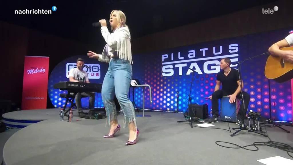 Beatrice Egli auf der Radio Pilatus Stage