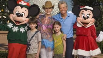 Michael Douglas mit Frau und Kinder in Disney World