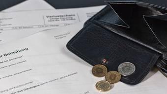 25- bis 29-Jährige sind oftmals stark verschuldet (Symbolbild).