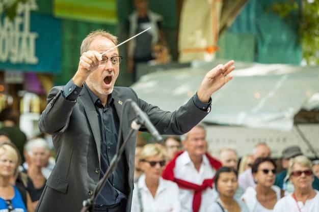Christian Noth dirigiert seit 2005 die Stadtmusik Baden und seit der Fusion  mit der Jägermusik Wettingen 2014 das Blasorchester Baden Wettingen.