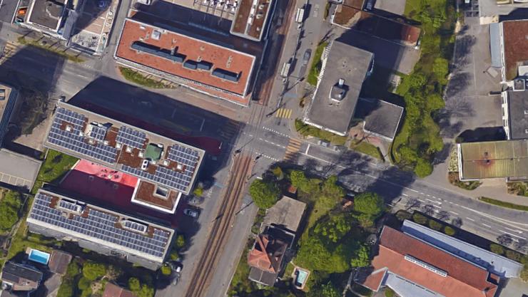 Der Bahnübergang in Therwil.