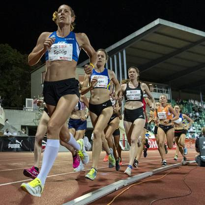 Bei ihrem Abstecher auf die Tartanbahn lief Nicola Spirig bei den Schweizer Meisterschaften in Basel über 5000 Meter auf den fünften Rang.