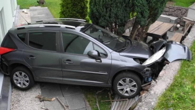 Vom Besitzer vermisst und gestohlen gemeldet: Ein Auto, das sich in Goldau selbständig gemacht hat.