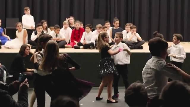 Dancing Classrooms Schulhaus Reitmen Schlieren