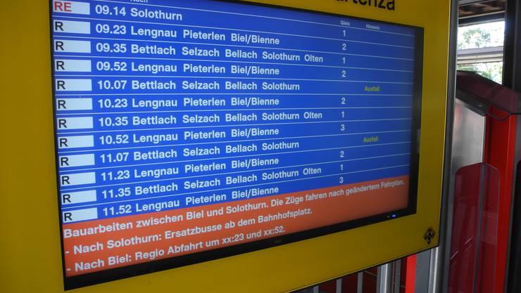 Über die Abfahrtszeiten der Ersatzbusse nach Solothurn ist hier nichts zu erfahren