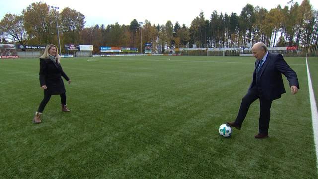«Schüttele» mit Sepp Blatter