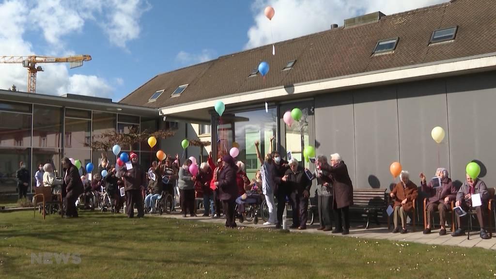 Isolation vorbei: Altersheim St. Peter ist durchgeimpft