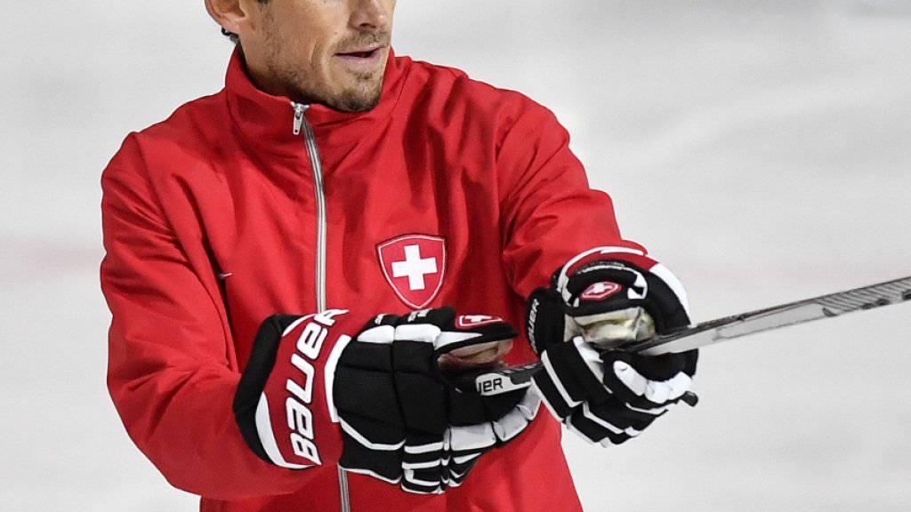 Eishockey-Nationaltrainer Patrick Fischer bestreitet mit seinem Team am Spengler Cup das Eröffnungsspiel gegen Dinamo Riga