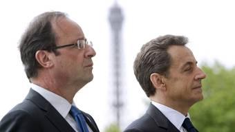 """Au revoir"": Nicolas Sarkozy (r.) mit seinem Nachfolger François Hollande (Archiv)"