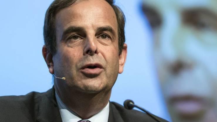 CVP-Parteipräsident Gerhard Pfister spricht zu den Delegierten der CVP Schweiz in Bern.