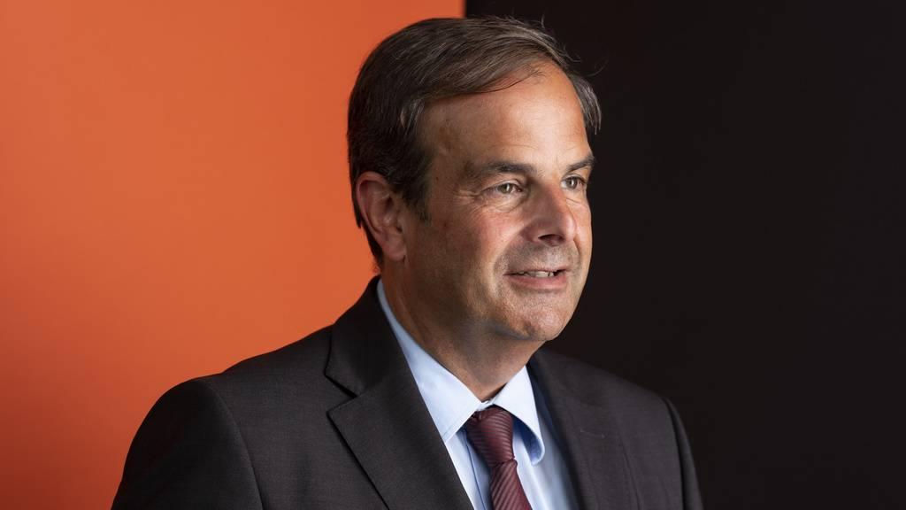 Parteipräsident Gerhard Pfister wird an der ersten Delegiertenversammlung der neuen Partei «Die Mitte» die Begrüssungsrede halten. (Archivbild)