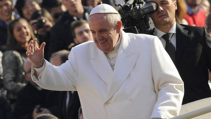 Papst Franziskus freut sich über die Glückwünsche.