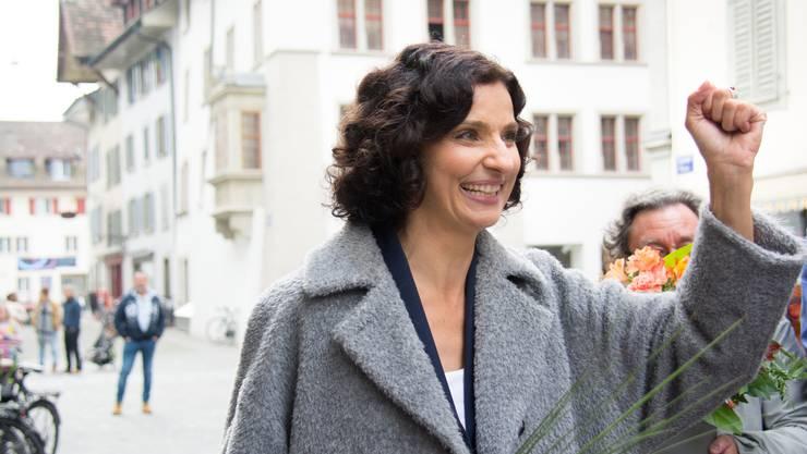 Gabriela Suter freut sich über ihre Wahl in den Nationalrat - der Anteil der Frauen ist schweizweit ist deutlich gestiegen.