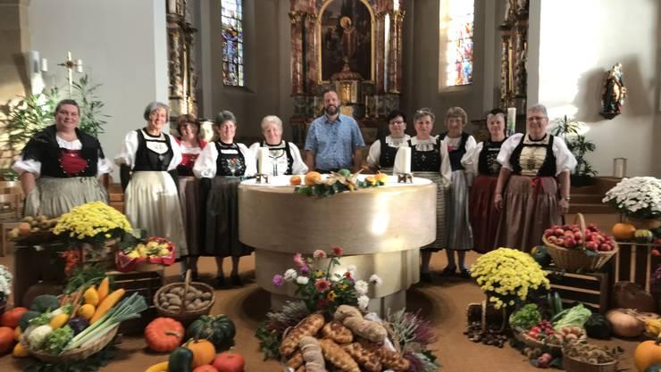 Die Trachtengruppe organisiert dieses Jahr zusammen mit Simon Häfeli  und Markus Heil den Erntedankgottesdienst.