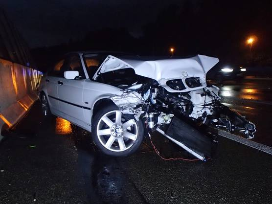 A 21-year-old lost control of his vehicle and collided with a BMW.