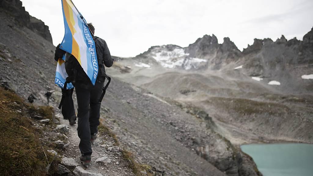 Abschiedsfeier für den Pizolgletscher im Herbst 2019. Der Bundesrat hat einen direkten Gegenvorschlag zur Gletscher-Initiative in die Vernehmlassung gegeben.