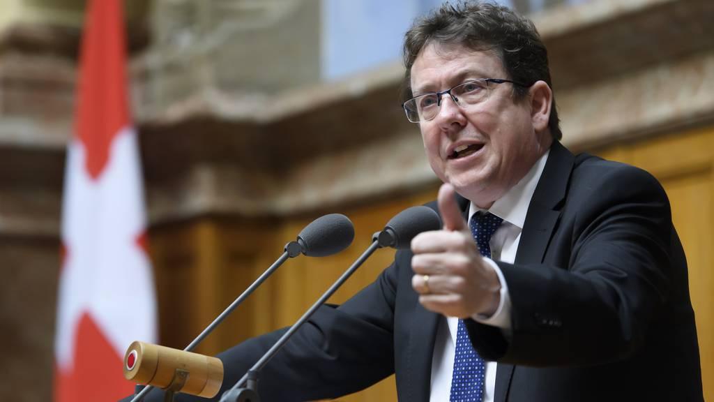 SVP-Präsident Rösti bleibt doch länger im Amt