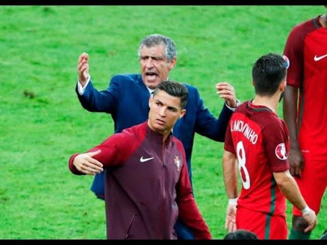 Cristiano Ronaldo versucht sich als Trainer an der Seitenlinie