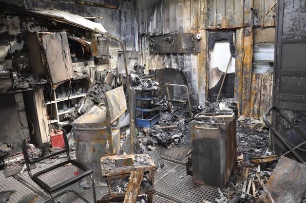 Ein Teil des Gebäudes ist in der Nacht auf Samstag völlig ausgebrannt