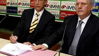 Aziz Yildirim (rechts) ist in den Manipulationsskandal verwickelt