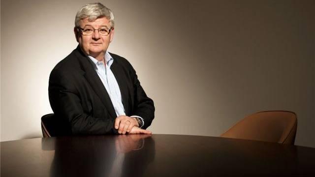 Der ehemalige Aussenminister Joschka Fischer über die Wahlen in Griechenland und Frankreich. Foto: Hans Christian Plambeck - laif