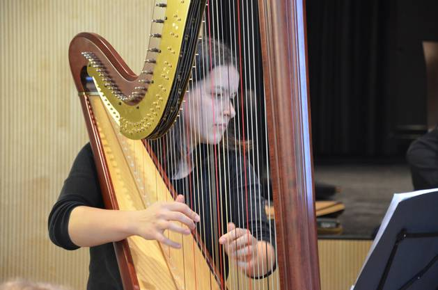 die junge harfenistin Chantal Hischier