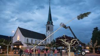 Stäcklibuebe sind in der Nacht auf den 1.Mai 2018 in Neuendorf unterwegs