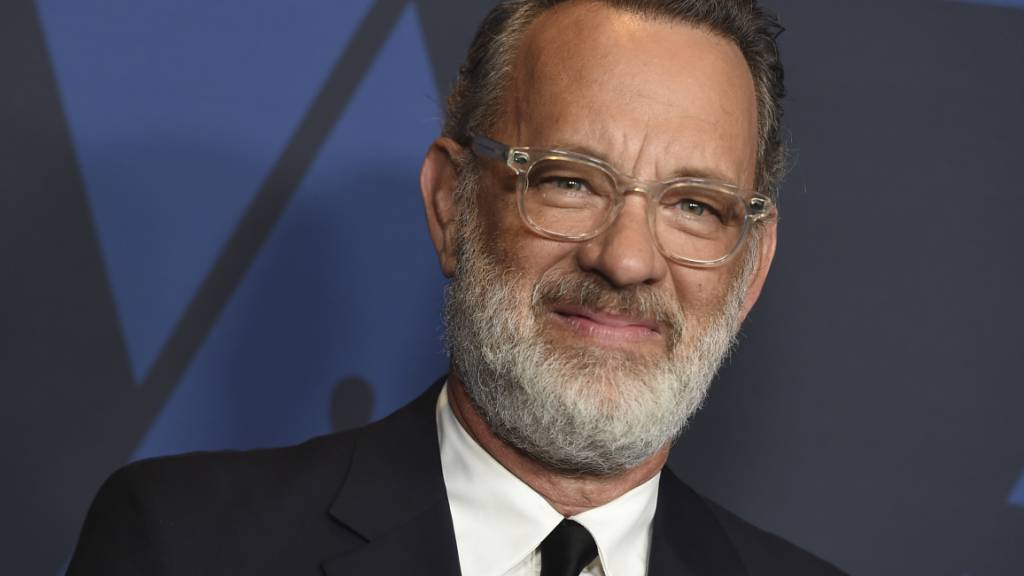 ARCHIV - US-Schauspieler Tom Hanks kommt zu den «Governors Awards». Foto: Jordan Strauss/Invision/AP/dpa