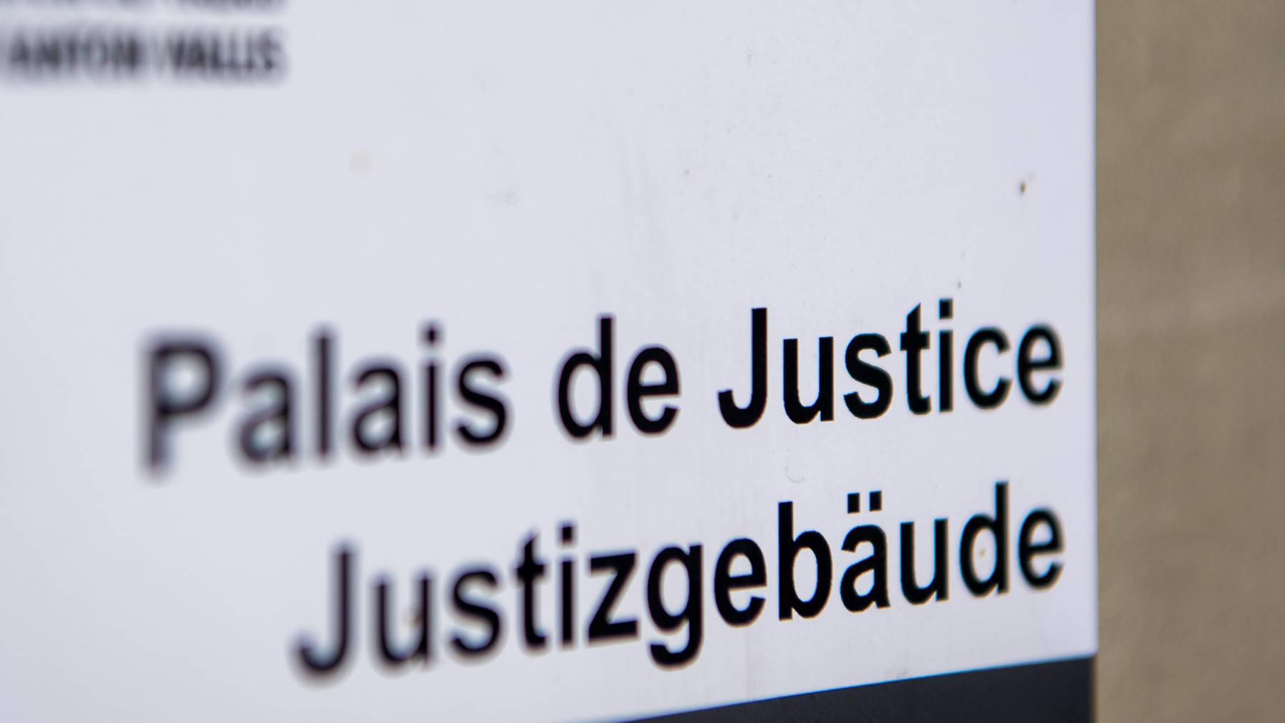Schweizer Gerichte verurteilten 2019 rund 120'000 Personen. (Symbolbild)