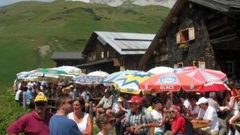 Ferien in den Bergen statt am Meer: Die Schweizerinnen und Schweizer seien gut beraten, diesen Sommer zu reservieren, meint der Chef von Schweiz Tourismus