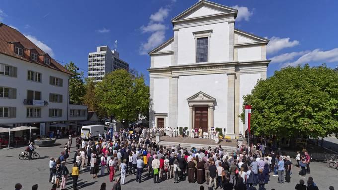 Die 500 Mitglieder der Kirchgemeinde Region Olten sind entweder für oder gegen den Pfarrer Kai Fehringer. Hier bei der Wiedereröffnung der renovierten Stadtkirche im Herbst 2018.