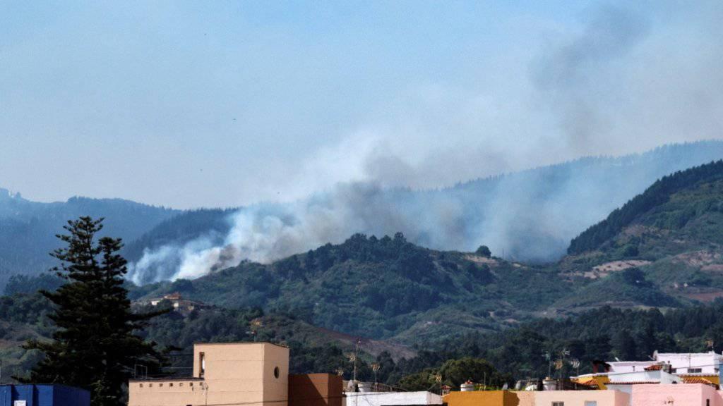 Der Waldbrand auf Gran Canaria wird schwächer. (Bild vom 18. August)