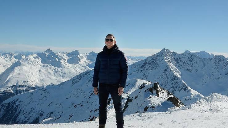 Daniel Craig als James Bond in den österreichischen Alpen, wo ein Teil des neuen Bond-Streifens gedreht wurde (Archiv)