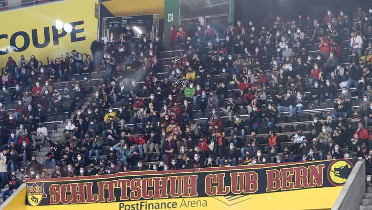 In die Postfinance-Arena des SC Bern dürfen nur noch 1000 Zuschauer Platz nehmen.