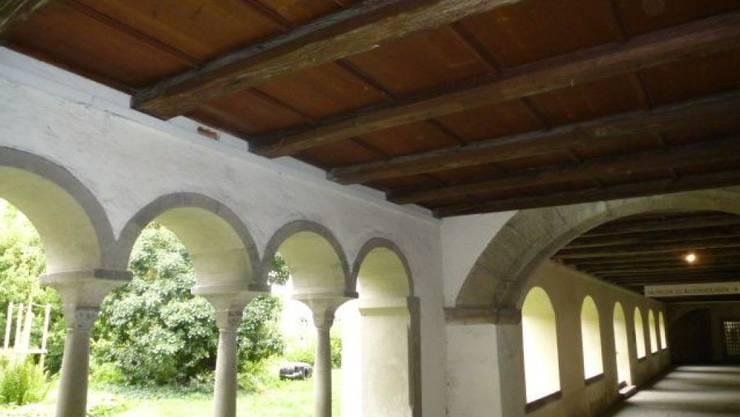 Der grösste Schweizer Kreuzgang beim Museum zu Allerheiligen in Schaffhausen weist Salzschäden aus dem früheren Friedhof auf und wird nun umfassend saniert. (Archivbild)