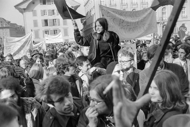 «Die Frau will und muss politische Verantwortung tragen» – die medienwirksame Demonstration steht auch im allgemeinen Zusammenhang mit der 1968er-Bewegung in der westlichen Welt.