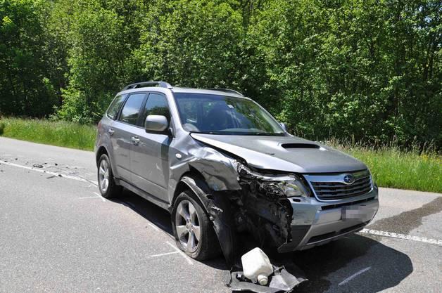 Beide Fahrzeuge erlitten einen Totalschaden