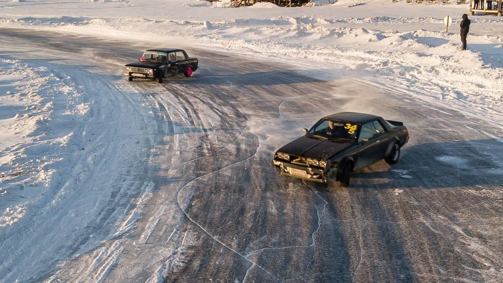 Junge kommen zum Driften nach Engelberg – teils 100 Km Anfahrt