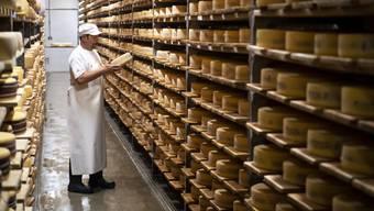 Frankreichs Stolz ist der Käse. Nur ist der Umsatz der traditionellen Sorten eingebrochen. (Symbolbild)