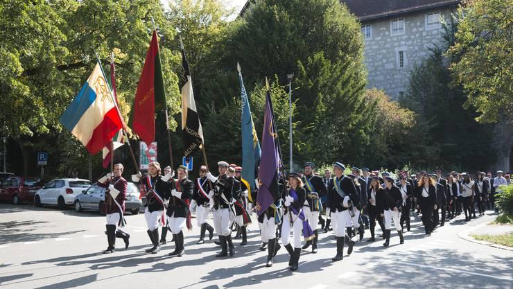 Der Festumzug oder Cortège gehört zu den Höhepunkten eines jeden Verbindungstags.