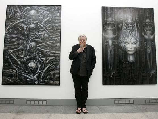 Der Churer Künstler hat die «Alien»-Figuren entworfen (Archiv)