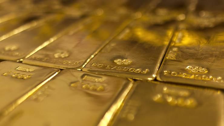 In Zeiten von politischen Unsicherheiten glänzt Gold für Anleger besonders stark. (Symbolbild)