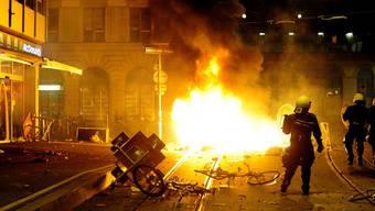 Der Nachrichtendienst des Bundes (NDB) hat in den vergangenen zwölf Monaten 14 Brandanschläge registriert, hinter denen er linksextreme Täter vermutet. (Archivbild)