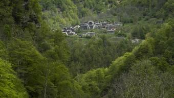 In der Nähe des Dorfes Vergeletto wurde ein Beinstumpf gefunden. Der verunglückte Bergretter war auf der Suche nach weiteren sterblichen Überresten.