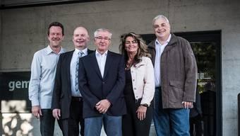 Der Reinacher Gemeinderat macht geschlossen weiter. Von links: Thomas Brem (SVP), Vizeammann Bruno Rudolf (SVP), Ammann Martin Heiz (FDP), Pia Müller (FDP) und Rudolf Lanz (SP). Peter Siegrist