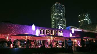 Hier haben die mutmasslichen Täter ihr Opfer getroffen: Die Disco «Opium» am Strand von Barcelona.